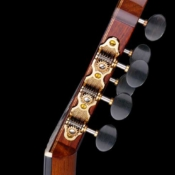maingard-guitars-acoustic-custom-handmade-musical-instruments-headstock-17