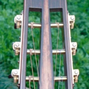 maingard-guitars-acoustic-custom-handmade-musical-instruments-headstock-40