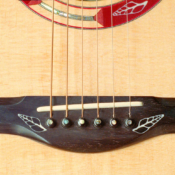 maingard-guitars-bridges-handmade-custom-acoustic-luthier-10